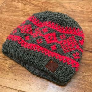 e804e895b6a Roxy Accessories - NWOT Roxy Knit Winter Hat
